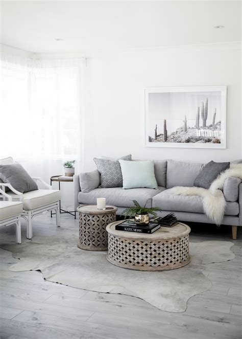beautiful gray living rooms best 25 mint decor ideas on mint bedroom