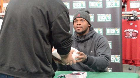 sporting goods hoover alabama ua linebacker reggie ragland signs autographs at hoover