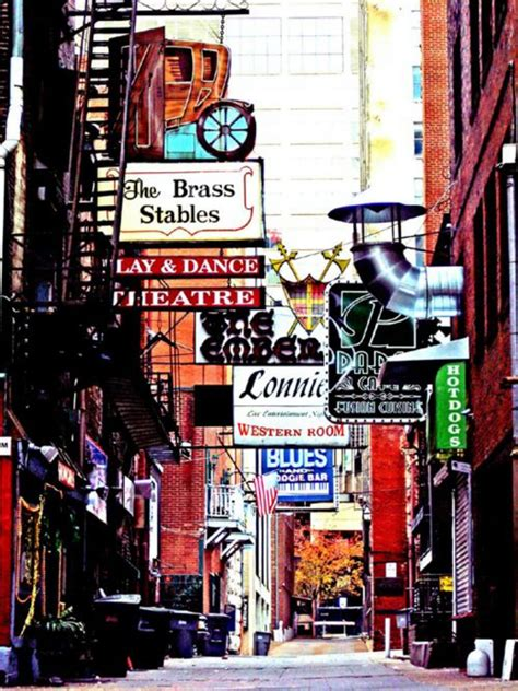 In Printers Alley top 5 travel destinations of jet lags