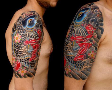 tatuaggio carpa e fiori carpa by mushin