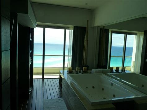 live aqua cancun rooms sol luna presidential suites living room picture of