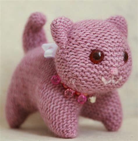 free knitting pattern cat motif cat and kitten knitting patterns in the loop knitting