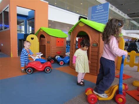 childrens play abu dhabi airport children s play area momma