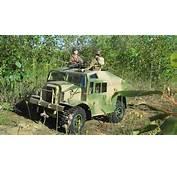1/6 Scale WWII Morris Quad Gun Tractor Remote Control