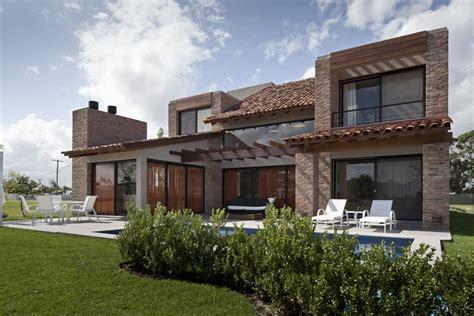 brazilian homes beautiful houses casa ckn in brazil