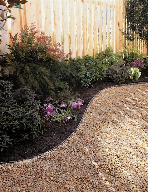 Landscape Edging Gravel 25 Best Ideas About Gravel Landscaping On