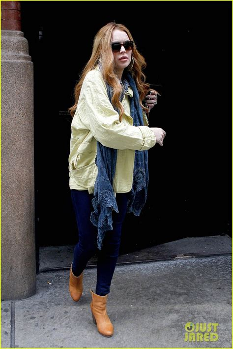 Lindsay Lohan Runs The In by Lindsay Lohan Hit Run Sent To District Attorney