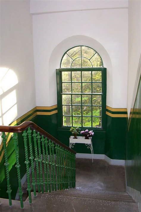 tenement staircase glasgow apartment tenement