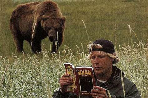 Timothy Treadwell Recording 25 Powerful Pictures Taken Before Tragedy Struck Animal Edition History