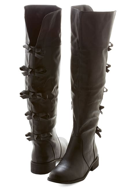 a row of bows boot mod retro vintage boots modcloth