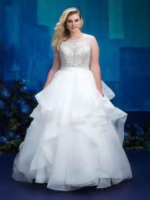 themed wedding dress wedding dresses for hawaiian or themed wedding www blastshare