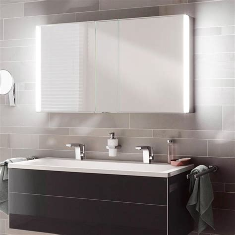 badezimmer spiegelschrank reuter keuco royal match spiegelschrank mit led beleuchtung