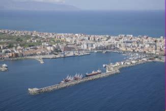 ente porto messina il comune di milazzo divorzia dall autorit 224 portuale