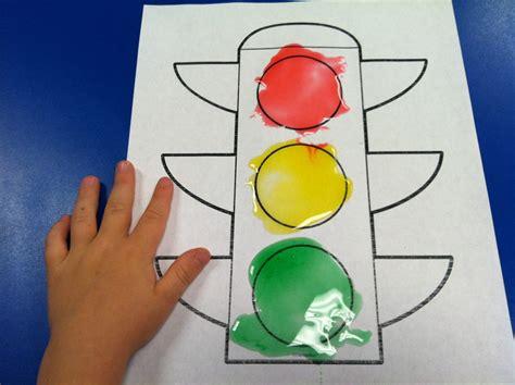 snacks 4 edible traffic light painting