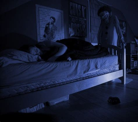 scary clown in bedroom 10 creepy tales about clowns listverse