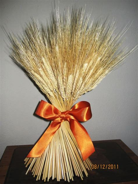 my wheat bundle centerpiece weddingbee