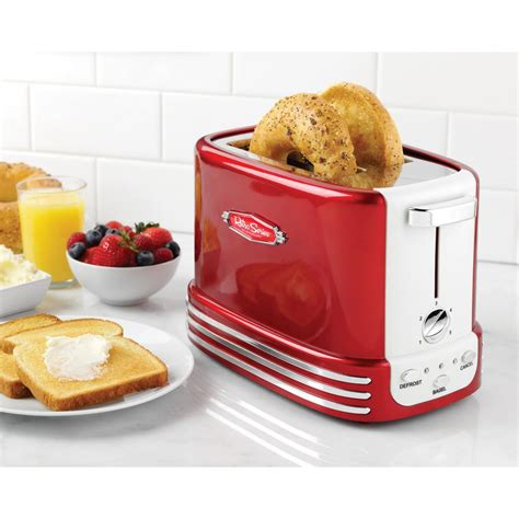 nostalgie toaster nostalgia retro 2 slice toaster rtos200 the home depot