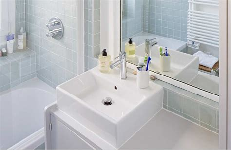 bain hairs styles une salle de bains avec un meuble chin 233 styles de bain
