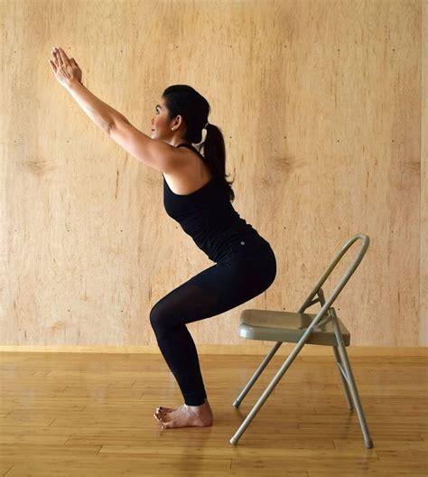 utkatasana o la postura de la silla cuadernos del yogui 16 ejercicios para aumentar tus gl 250 teos en casa la gu 237 a de las vitaminas