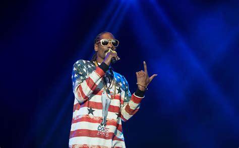 Kaos Snoop Dogg 1 arrang 248 r h 229 per ikke nordmenn er like g 230 rne som 171 s 246 ta bror