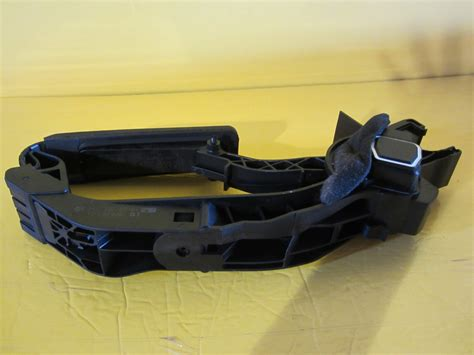 used auto parts mercedes mercedes gas pedal 2113000904 used auto parts
