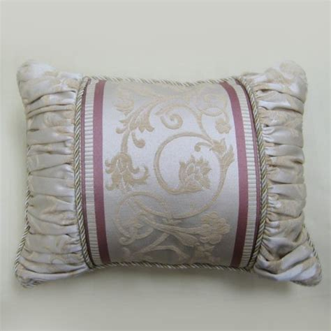 Matching Throw Pillows And Blankets by Matching Accordion Throw Pillow The Chassan S Place