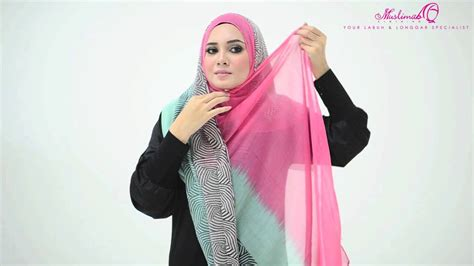 tutorial wide pashmina tutorial 4 ways to style wide shawl by muslimahclothing