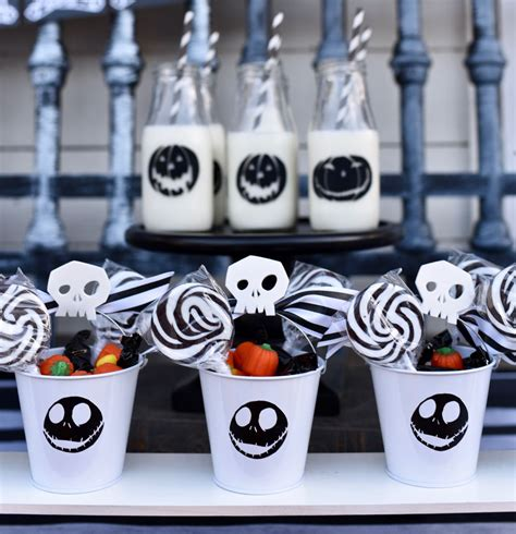nightmare before christmas party favors make life lovely