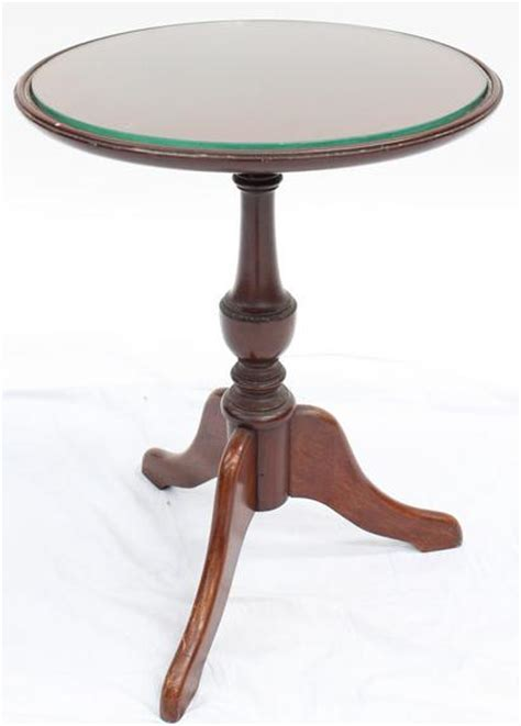Small Wine Table by A Small Wine Table