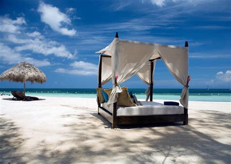 beach beds four poster beach bed relaxation interior design ideas