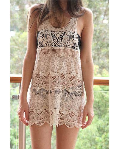 revealing women s clothes