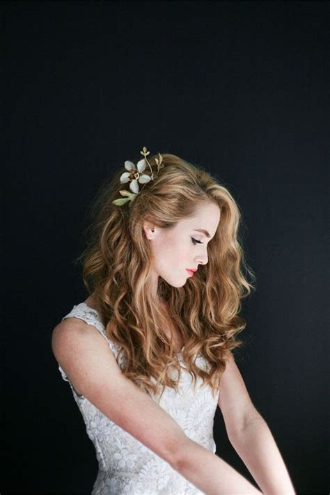 One Side Hairstyles Accessories by 25 Best Ideas About Bridal Hair Accessories On