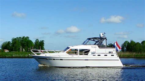 jacht boot huur boot vesta met 7 personen zonder vaarbewijs yachts4u