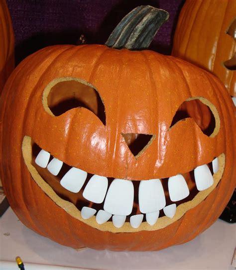 spooky halloween pumpkin art decor ideas