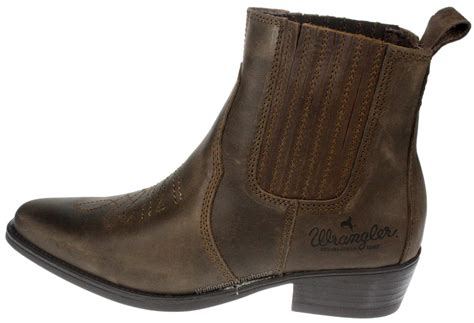 mens wrangler boots wrangler tex mid brown leather pull on mens cowboy