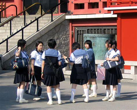 Kaos Kaki Sekolah Ukuran Anak Sd 6 10th beginilah tata tertib yang aneh di jepang grabal net