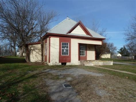 301 sw summit ave lawton oklahoma 73501 reo home details