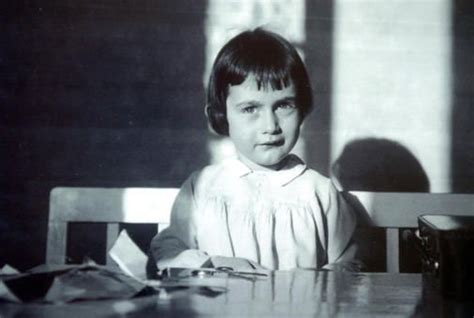 biography anne frank summary 17 best images about anne frank on pinterest the secret