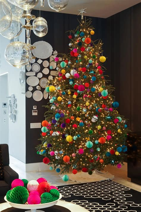 how to decorate a christmas tree with colorful lights how to decorate a tree hgtv s decorating design hgtv