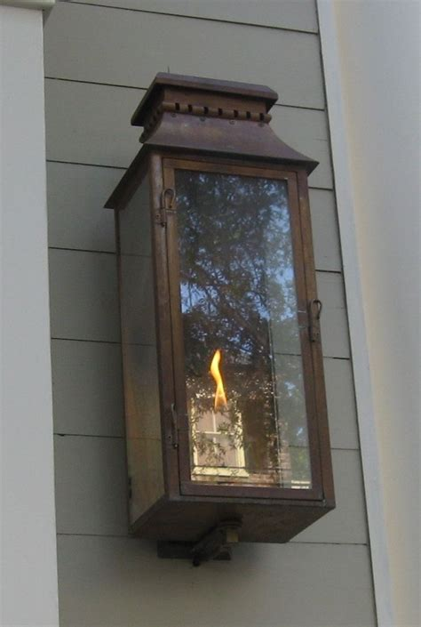 electric lights that look like gas lanterns the lantern gas or electric the charleston