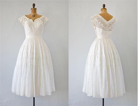 1940s Vintage Wedding Dresses by 1940s Wedding Fashion Trends Wedding Dress Inspiration