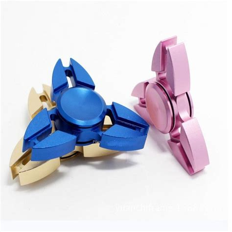 Fidget Spinner Pelangi Triangle New Top Quality 2017 wholesale 2017 new style aluminum tri fidget spinner crab shaped america for stress relief