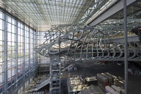 lade da sospensione follie da archistar la decadenza dell architettura tra