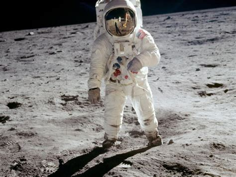 biography of neil armstrong astronaut buzz aldrin ufo claim did astronaut see alien life