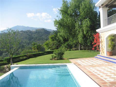 Imagenes Jardines Con Piscina | datoonz com jardins com piscinas fotos v 225 rias id 233 ias