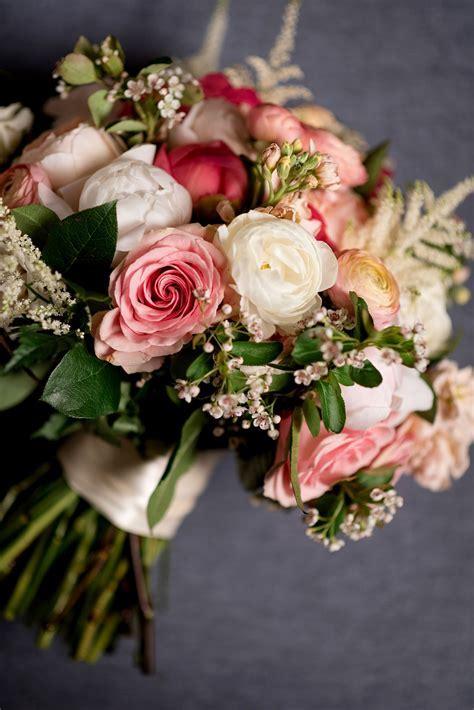Saint Louis Wedding Photographer   Flower Bouquets