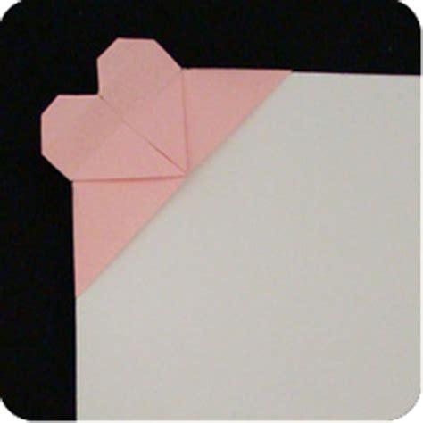 Paperclip Origami - corner make origami