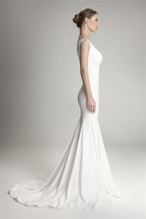 9181 Dress Mermaid 1000 images about classically on donna karan cloche