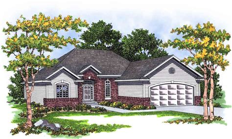 traditional ranch house plans traditional ranch with careful use of space 8950ah