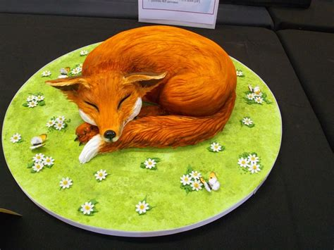 Kitchen Decorating Idea by 20 Fantastic Fox Cakes That Escaped The Boxing Day Hunt
